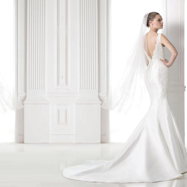 A new Pronovias Wedding Gown